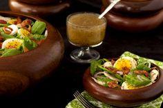 Spinach Salad w/ Honey-Poppy Seed Dressing - thecafesucrefarine.com