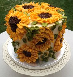 buttercream sunflower cake