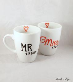 Becher & Tassen - Gastgeschenk Hochzeit Tassen-Set MRS & MR - ein Designerstück von Lovely-Cups bei DaWanda