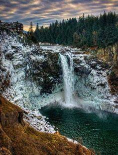 40 lugares gelados deslumbrantes | Snoqualmie Falls, Washington