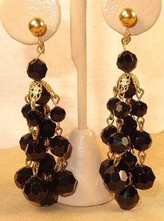 Vtg Black Faceted Glass Bead Dangle Tassel Cluster Screw On Earrings