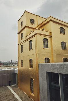 Fondazione Prada gold!