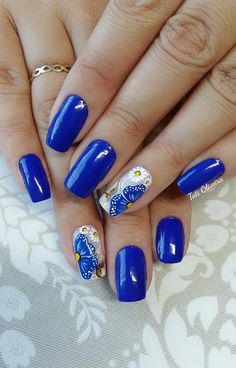20 – 2019 – 2020 Blue and Light Blue most beautiful nail designs with different designs – 11 period blue and light blue nail designs. Natural beauty is a must for women. Therefore, you can look at the nail designs designed for you. Fingernail Designs, Blue Nail Designs, Beautiful Nail Designs, Finger Nail Art, Toe Nail Art, Minion Nails, Cow Nails, Summer Toe Nails, Special Nails