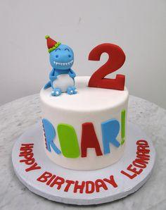 Dino Party! Dinasour Birthday Cake, Half Birthday Baby, Dinosaur Birthday Party, 6th Birthday Parties, 1st Boy Birthday, Dino Cake, Dinosaur Cupcakes, Fondant, Baby Kind