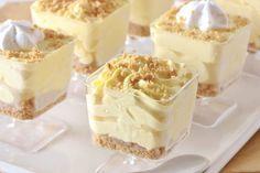 Torta de Limão no Potinho: http://guiame.com.br/vida-estilo/gastronomia/torta-de-limao-no-potinho.html#.VQgdSmTF-8g