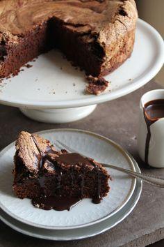 Chocolate Cake With Meringue Lids Norwegian Food, Norwegian Recipes, Chocolate Coffee, Chocolate Cakes, Good Food, Yummy Food, Recipe Boards, Cake Recipes, Nom Nom