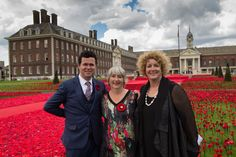 """Aus. High Commission on Twitter: """"The Aussie masterminds behind the amazing #5000poppies display in the grounds of @RHChelsea at #ChelseaFlowerShow."""