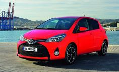 2015 Toyota Yaris Sport Hatchback High Resolution Picture