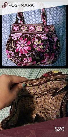💘Purple punch  Vera Bradley purse! Gently used Vera Bradley purse in the pattern purple punch. This purse has an interior zipper pocket and three separate interior compartments. Very Cute!   Dimensions: Length 12.5 inches Width: 4 inches  Height 10.5 inches  Straps from top of bag: 9 inches Vera Bradley Bags