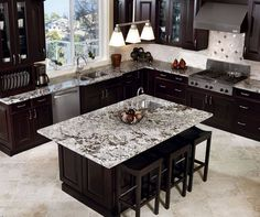 Stunning Espresso Kitchen Cabinets For You ,Kitchen cabinets you're able to appear virtually unlimited. Given that kitchen cabinets are among the costliest items that you could possibly purchase. Home Decor Kitchen, Kitchen Furniture, New Kitchen, Kitchen Island, Kitchen Craft, Kitchen Ideas, Kitchen Wood, Room Kitchen, Kitchen Unit