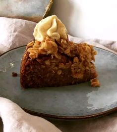 💙🍴 Best of Nordic Food 🍴💙 ✨✨✨ Page founded to feature The Best Nordic Food Images & Recipes ✨✨✨ 📷 Featuring today a Carrot & Apple Cake… Apple Cake, Carrots, Pie, Desserts, Recipes, Food, Torte, Tailgate Desserts, Cake