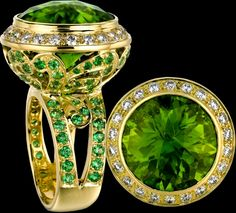 The platinum used in platinum engagement rings is to a large extent more rare than gold and perhaps this is why it costs as much as yellow gold and as much as white gold. different gold, platinu Peridot Jewelry, Gems Jewelry, Gemstone Jewelry, Jewelry Box, Fine Jewelry, Jewelry Ideas, Bling Bling, Platinum Engagement Rings, Jewelry Design