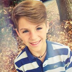 mattyb, love him❤️ Young Boys Fashion, Boy Fashion, Scammer Pictures, Dream Boyfriend, Sunday Dress, Perfect Together, Edgy Hair, Star Wars, Famous Stars