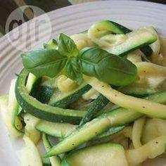 """""""Espagueti"""" de calabacitas para diabéticos @ allrecipes.com.mx"""