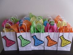 Birthday Party Ideas is part of Science Party Bags - Science is Fun! Photo Gallery at Catch My Party Mad Science Party, Mad Scientist Party, Science Gifts, Science Cake, 10th Birthday Parties, Birthday Fun, Birthday Party Themes, Spy Party, Farm Party