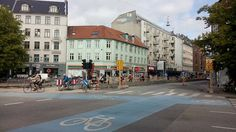Nørrebrogade, its north part from Jagtvej to beautiful Nørrebro station is being renovated with wider cycle tracks. Finally finishing the successful story started on the southern stretch back in 2009!