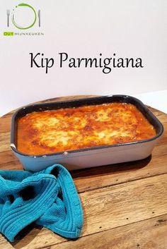 Recipe in Dutch: Kip Parmigiana uit de oven Meat Recipes, Chicken Recipes, Cooking Recipes, Healthy Recipes, Healthy Food, I Want Food, Love Food, Oven Dishes, International Recipes