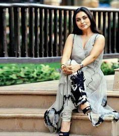 Indian Actress Photos, Beautiful Indian Actress, Indian Actresses, Actors & Actresses, Hindi Actress, Bollywood Actress, Diy Fashion, Indian Fashion, Rani Mukerji