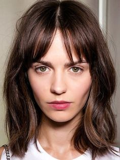 6-Le-Fashion-Blog-25-Inspiring-Long-Bob-Hairstyles-Lob-Bangs-Beauty-Backstage-Via-Byrdie.jpg (518×690)