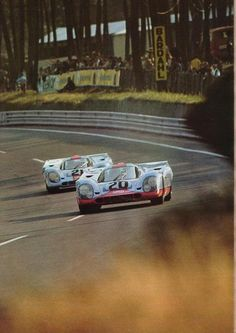 (20) Jo Siffert / Brian Redman - Porsche 917K - J. W. Automotive Engineering Ltd. - (21) Pedro Rodriguez / Leo Kinnunen - Porsche 917K - John Wyer Automotive Engineering Ltd. - XXXVIII Grand Prix d´Endurance les 24 Heures du Mans - 1970 International Championship for Makes, round 8 - Challenge Mondial, round 4