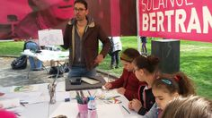 """Atelier artistique animé par la Fondation Solange Bertrand dans le cadre de la journée """"Mon quartier j'en prends soin"""". http://fondationsolangebertrand.org/ https://www.facebook.com/fondation.solangebertrand"""