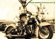 Motociclista da extinta Polícia Rodoviária do Estado de São Paulo, na década de 60.
