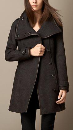 Casaco wrap em mistura de lã e acabamento em couro | Burberry