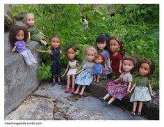 The story behind Tree Change Dolls Who knew that underneath the tacky make up and all that 'passion' for fashion, lies a real girl? The Tree Change Dolls project by Tasmanian mom Sonia Singh has recently gone viral Sonia Singh, Tree Change Dolls, Afro, Glam Doll, Bratz Doll, Child Doll, Belleza Natural, Australian Artists, Doll Face