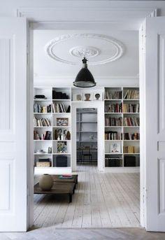 mooie grote boekenkast