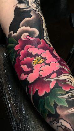 Japanese tattoo Tattoo portfolio by George Bardadim. 30 years of experience in Japanese style of tattooing all over the world ッNOW based in NYCッ Japanese Flower Tattoo, Japanese Tattoo Designs, Japanese Sleeve Tattoos, Tribal Tattoo Designs, Japanese Tattoo Women, Yakuza Tattoo, Tebori Tattoo, Maori Tattoos, Tatuajes Irezumi