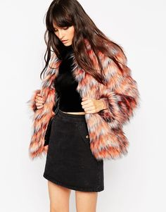 """Coat by ASOS Collection Faux fur Fully lined Soft-touch finish Open front Boxy shoulders Oversized fit - falls generously over the body Dry clean 48% Modacrylic, 41% Acrylic, 11% Polyester Our model wears a UK 8/EU 36/US 4 and is 170 cm/5'7"""" tall Size down for a closer fit"""