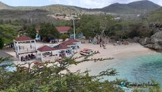 Uitzicht tijdens de lunch op Playa Lagun Mansions, House Styles, Manor Houses, Villas, Mansion, Palaces, Mansion Houses, Villa