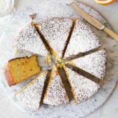 Flourless Orange Cake Gluten Free Cakes, Gluten Free Baking, Gluten Free Desserts, Just Desserts, Dessert Recipes, Recipes Dinner, Flourless Orange Cake, Flourless Cake, Flourless Chocolate
