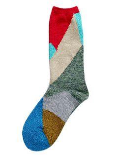 KAPITAL: Does Socks well