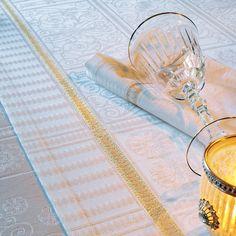 【撥水GS】テーブルランナー テュイルリー ゴールド - テーブルクロス フランス直輸入: MaisonDECO メゾンデコ
