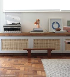 diy home decor British Home, Interior Decorating, Interior Design, Tiny Spaces, Scandinavian Home, Decoration, Interior Inspiration, Diy Furniture, Sweet Home