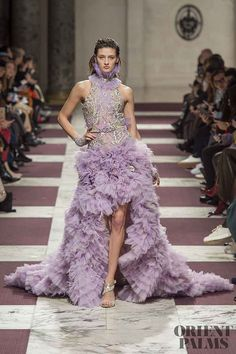 Ziad Nakad at Couture Spring 2019 - Runway Photos Cocktail Dresses With Sleeves, V Neck Cocktail Dress, Style Couture, Couture Fashion, Couture Dresses, Fashion Dresses, Collection Couture, Spring Couture, Evening Dresses