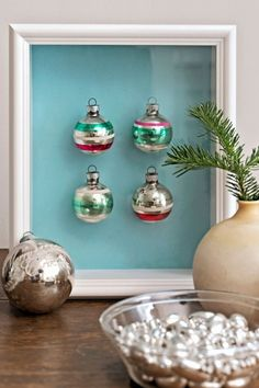 """Dishfunctional Designs: Things You Can Make With Old Christmas Tree Ornaments: Looks """"chic"""" Old Christmas, Merry Little Christmas, Handmade Christmas, Christmas Tree Ornaments, Vintage Christmas, Glass Ornaments, Silver Christmas, Xmas, Christmas Ideas"""