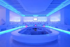 Minus 5 Pattaya, Thailand, where guests enjoy food and drinks while they lounge on beds of pure white in a room of ever changing colours
