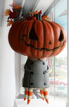 pumpkinheadElizabeth, OMG I sooooooooo am gonna attempt to make this creepy cute little pumpkin girl!