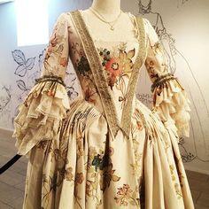 Louise (Hand-painted flowers) dress - #Outlander exhibit