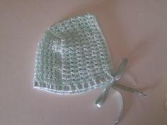 Touca em crochet c/ fita de seda das Lãs&Linhas da Ana-0 a 3 meses