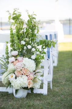 photo: Kivalo #wedding #ceremony #flowers #newengland #seacoast #newhampshire #maine