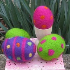 Kit to make Needle Felted Eggs by KoolKookyKreatures on Etsy, $15.00