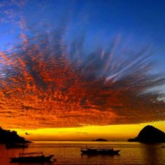 Breathtaking sunsets in Flores island! Come and see yourself!