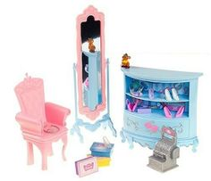 Disney Princess:  Cinderella Shoes Galore! Glass Slipper Boutique Playset by Toys. $25.00. From the Manufacturer                The Cinderella Glass Slipper Boutique is a beautiful shop where Cinderella can find the perfect pair of shoes. The playset comes with a lovely shoe display case, shoes and shoe boxes, full length mirror, chair, cash register, purse, crown, and Cinderella's favorite little mouse friend, Gus.                                    Product D...