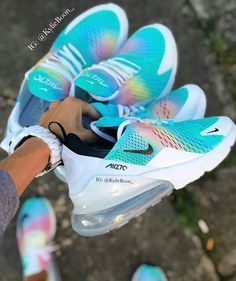 Best Sneakers Fashion Part 15 Cute Nike Shoes, Cute Nikes, Nike Air Shoes, Cute Sneakers, Souliers Nike, Zapatos Nike Air, Aesthetic Shoes, Hype Shoes, Fresh Shoes