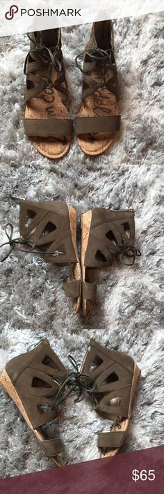 """Brand new Sam Edelman Dean Sandals size 8 NWOB Sam Edelman gladiator style sandals in neutral moss color. Lace up. 1"""" heel. Style and comfort it one Sam Edelman Shoes Sandals"""
