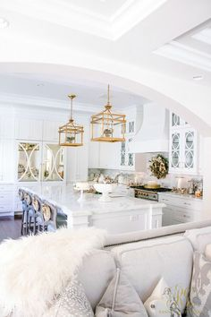 Christmas Home Tour 2017 - Silver and Gold Christmas kitchen and family room - Randi Garrett Design