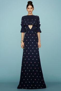 Ulyana Sergeenko Frühjahr/Sommer 2015 Haute Couture - Fashion Shows Style Haute Couture, Spring Couture, Couture Fashion, Runway Fashion, Fashion Week, High Fashion, Fashion Show, Fashion Design, Uk Fashion
